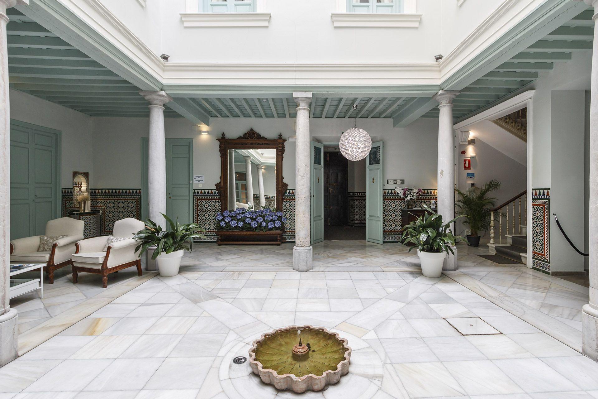 Palacio Cabrera Lillo Slider